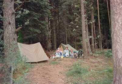 kamperen op het bospad