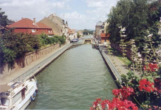 Saverne Canal du Marne